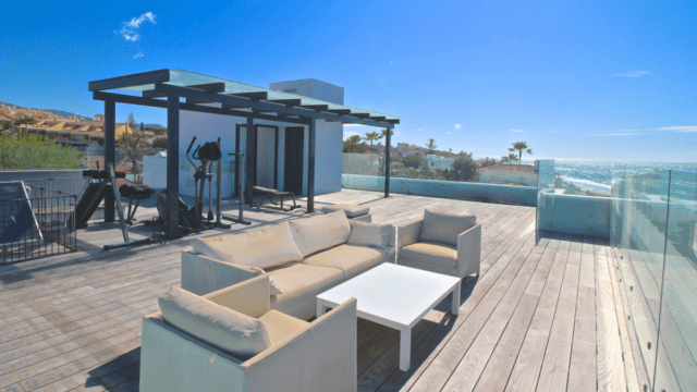 Marbella modern Beachfront villa for sale with Sea views