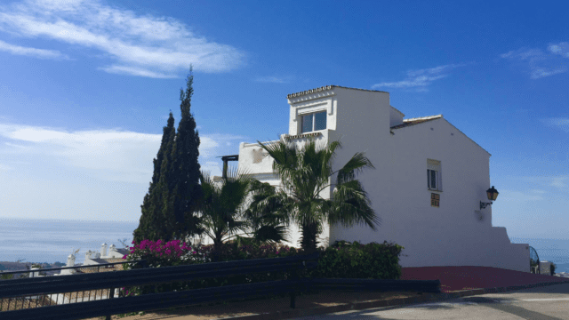 Bargain.Marbella hillside townhouse with sea views