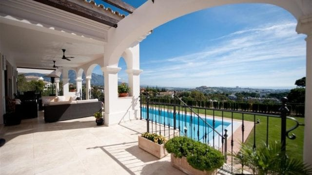 Reduced El Herrojo, Benahavis villa with 8 bedrooms for sale