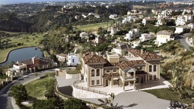 Benahavis Mansion in gated community with sea views