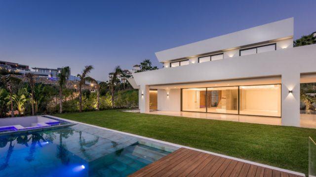 Benahavis brand new modern villa with sea views