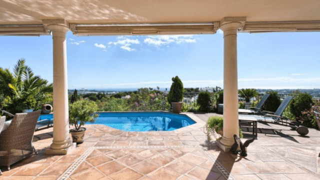 Benahavis villa with sea views for sale, in gated community
