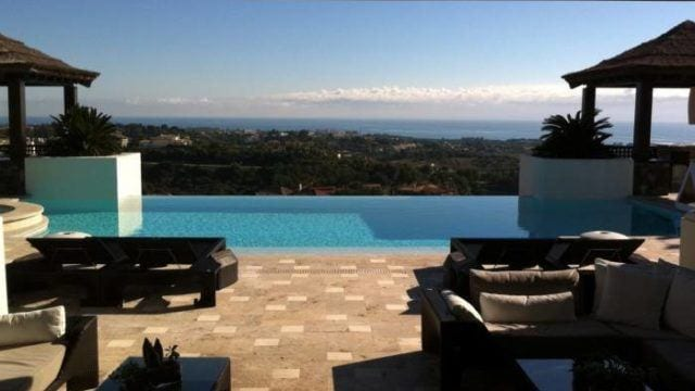 Benahavis Villa for sale with sea views in gated community