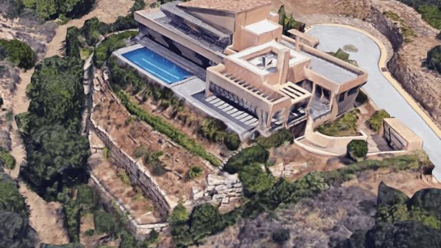 BARGAIN Marbella East – Contemporary villa for salewith Sea Views