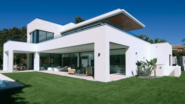 Marbella West Modern contemporary villa for sale