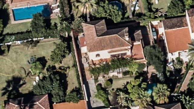 Bank repo – Villa near Puerto Banus to reform
