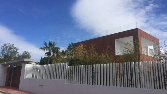 Elviria modern villa with sea views for sale