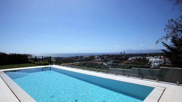 Reduced – Marbella East modern villa with sea views for sale