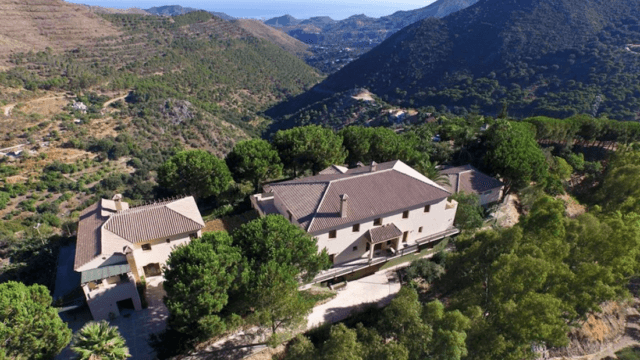 Finca near Marbella for sale several Properties
