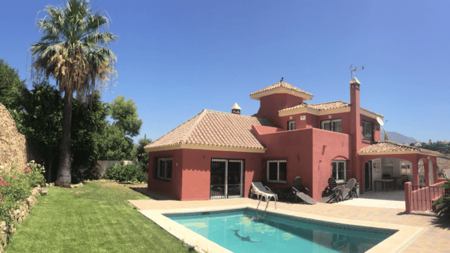 SOLD Nueva Andalucia Villa to reform with Sea views in a gated community