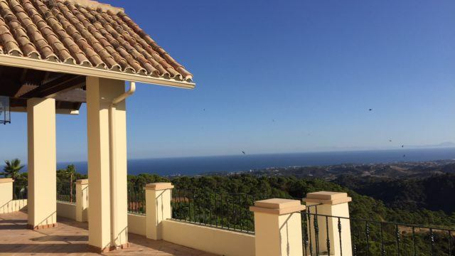 Estepona Hillside Mansion with amazing Seaviews