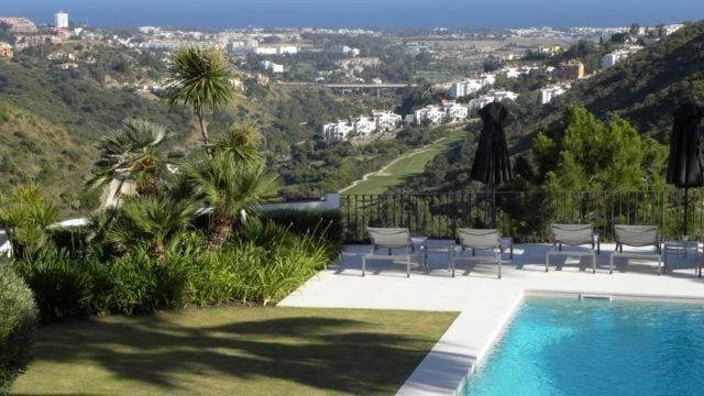EL MADROÑAL, BENAHAVIS villa with sea views for sale