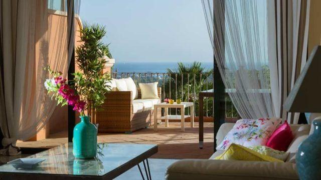 Benahavis Bank repo apts for sale with Sea views from 290.000 euros