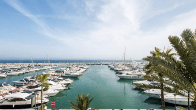 Reduced – Puerto Banus 2bedrooms Penthouse with perfect Sea views