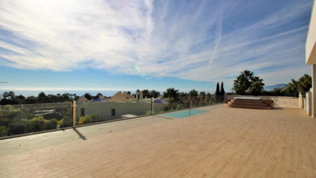 Marbella East 6 bed newer luxury villa with Sea views