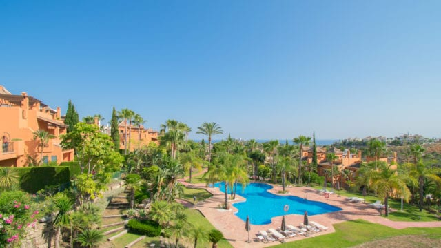 Benahavis 3-4 bedrooms quality townhouses for sale