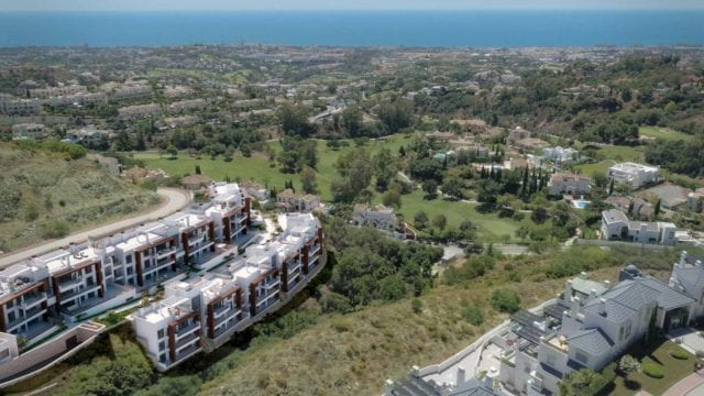 Benahavis off-plan development ready 2019 west facing modern apts & penthouses