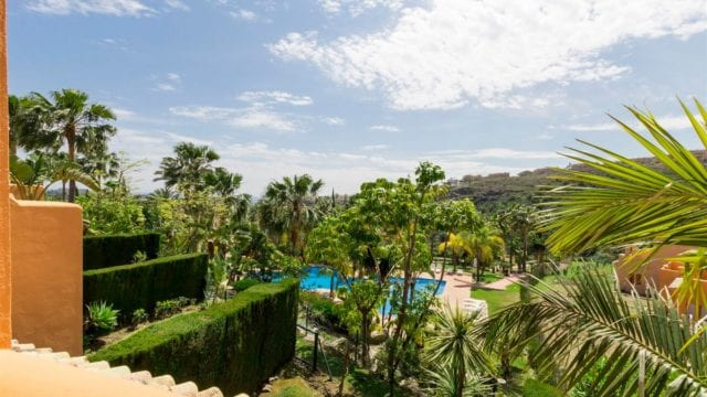 Benahavis 3bedroom townhouse tropical garden and huge pool