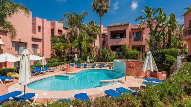 Marbella East Luxury 3bedroom penthouse