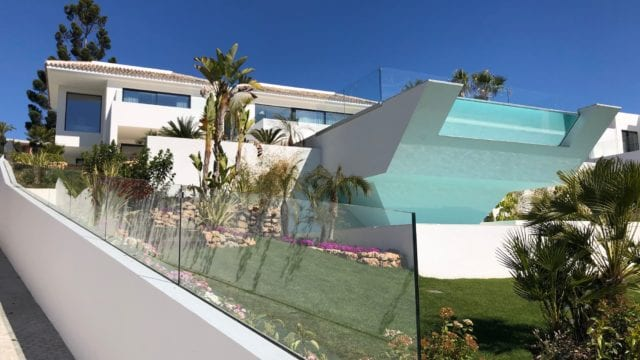 Nueva Andalucia modern villa with panoramic views for sale and rent