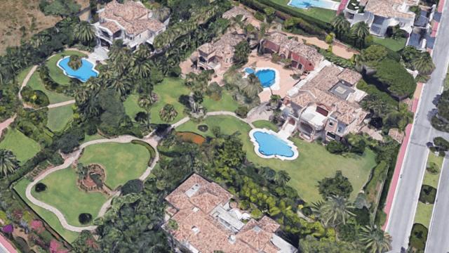 Marbella hillside 7 bedroom mansion with Seaviews