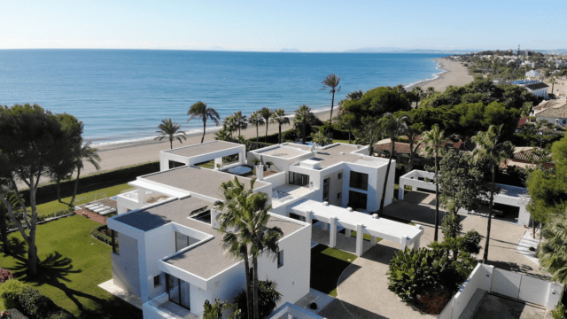10 min west of Puerto Banus modern Beachfront Mansion