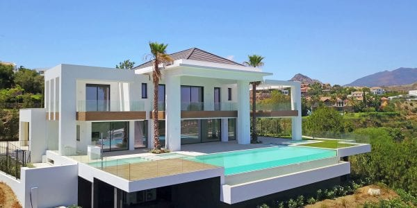 SOLD Benahavis new modern villa for sale in gated community.Nice views and good value