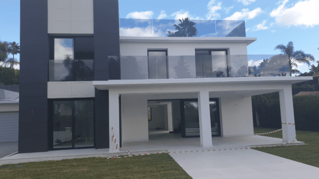 Nueva Andalucia new modern villa for sale in a gated community