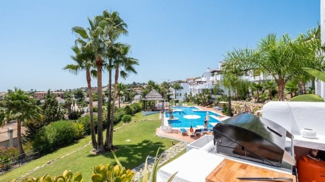Nueva Andalucia 3bedroom Apt. with open views of Golf Valley