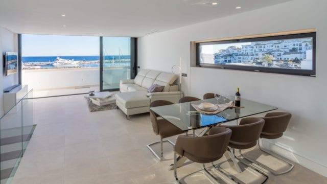 Reduced – Duplex penthouse in Puerto Banus