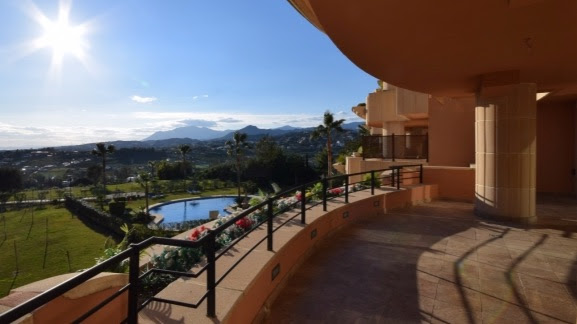 Magna Marbella 3 bedroom Apartment 233m2 + Terrace: 74m2 Sea views & West facing