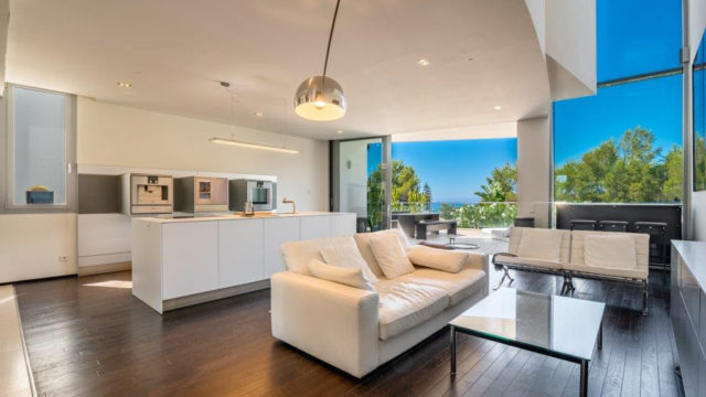 Reduced – Contemporary luxury townhouse in Sierra Blanca