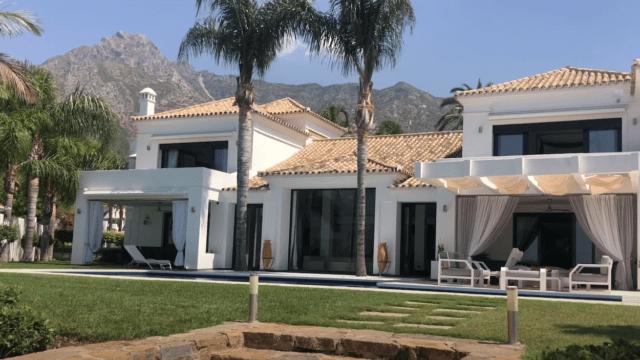 Marbella Hillside villa for sale with Sea views