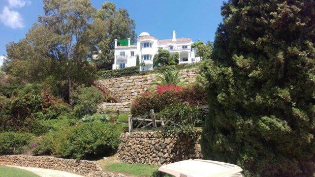 Bargain villa for sale La Quinta Benahavis