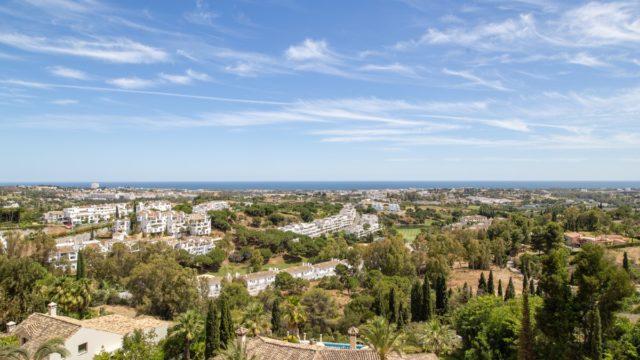 Benahavis Modern villa for sale with Panoramic views. Gated community 24h Guard.