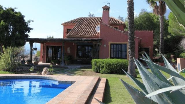 Reserved- Estepona Hillside villa for sale.Great views