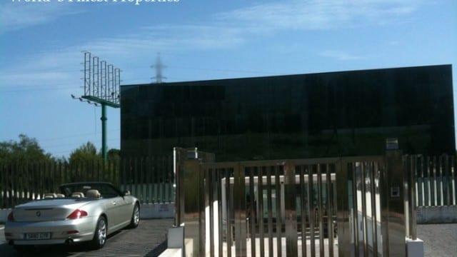 Marbella.Bank sells.Impressive Commercial Building