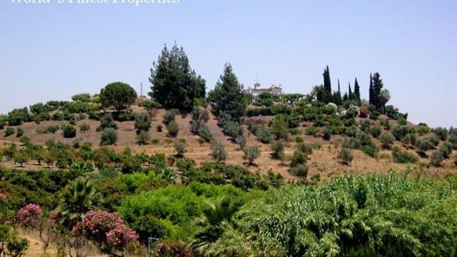 Hilltop plot