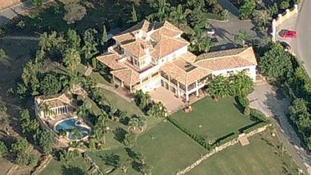 Reduced.Large Mansion with 70000m2 plot for sale Marbella East