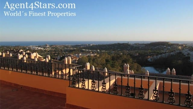 Nueva Andalucia Luxury Apts & Penthouses with sea views