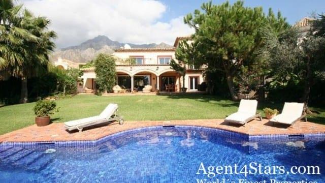 Nice villa Marbella hillside very exclusive area